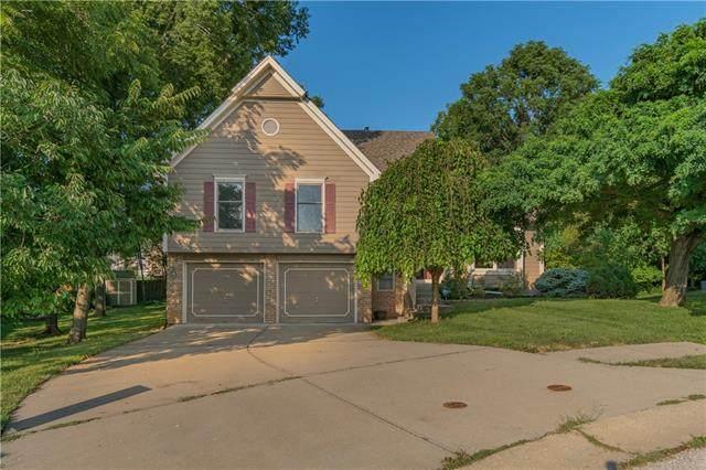 7811 NW Rhode Avenue, Kansas City, MO 64152 (#2332697) :: Eric Craig Real Estate Team