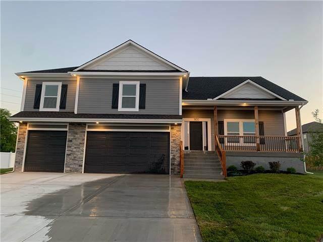 503 SW Hillside Drive, Grain Valley, MO 64029 (#2332738) :: Austin Home Team