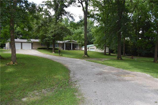 505 Valley View Drive, Sweet Springs, MO 65351 (#2332814) :: Eric Craig Real Estate Team