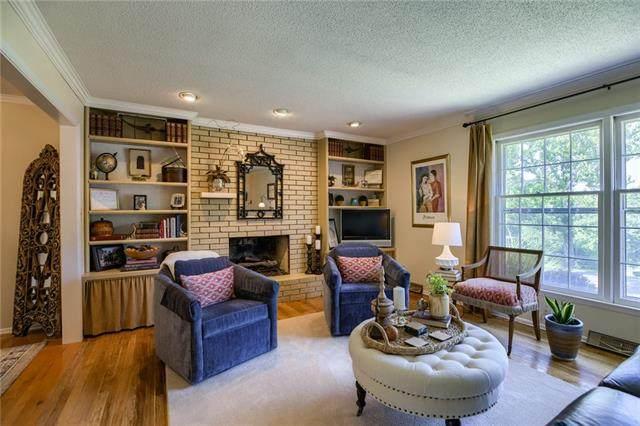 7424 NW Tomahawk Lane, Platte Woods, MO 64151 (MLS #2333034) :: Stone & Story Real Estate Group