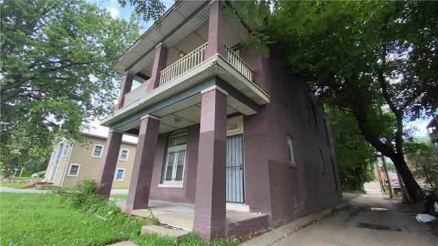 3110 E 13th Street, Kansas City, MO 64127 (#2333268) :: The Shannon Lyon Group - ReeceNichols