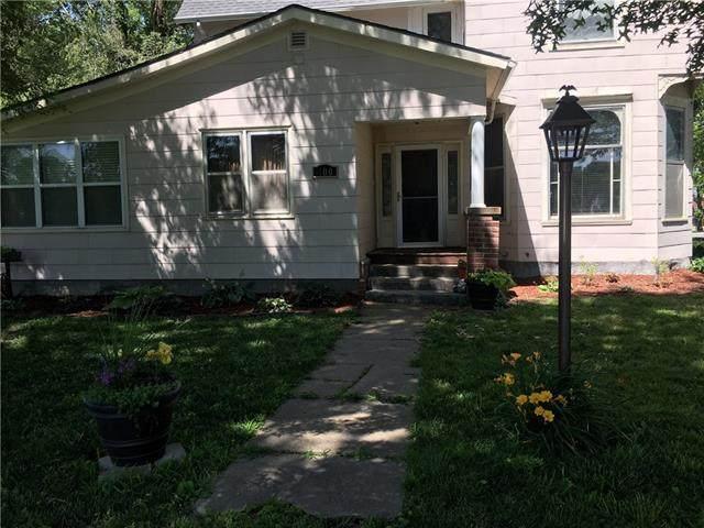 400 4th Street, Winchester, KS 66097 (#2333282) :: Austin Home Team