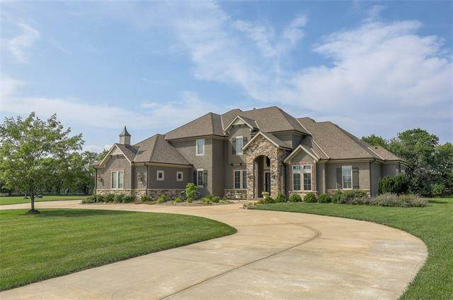 6690 W 187th Street, Stilwell, KS 66085 (#2334095) :: Tradition Home Group   Compass Realty Group