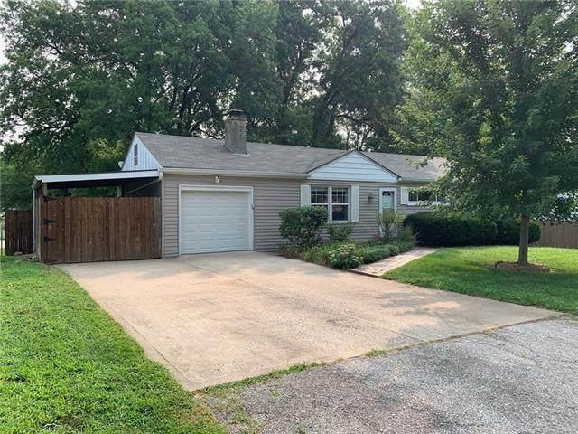 5709 N Lenox Avenue, Kansas City, MO 64151 (#2334129) :: Tradition Home Group   Better Homes and Gardens Kansas City