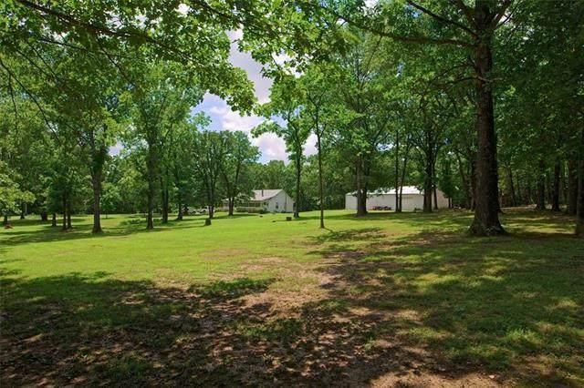 12315 NE 1271 Road, Osceola, MO 64776 (#2334362) :: The Shannon Lyon Group - ReeceNichols