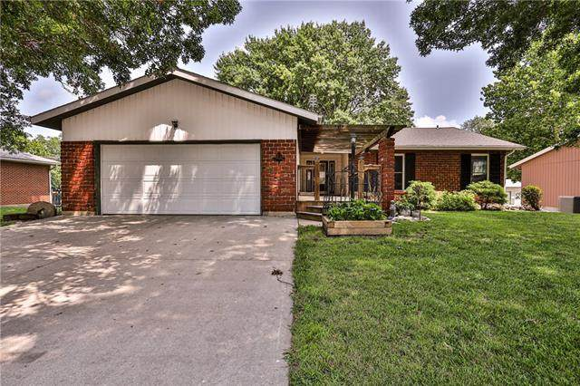 307 S Sunset Hills Drive, Concordia, MO 64020 (#2334396) :: Five-Star Homes