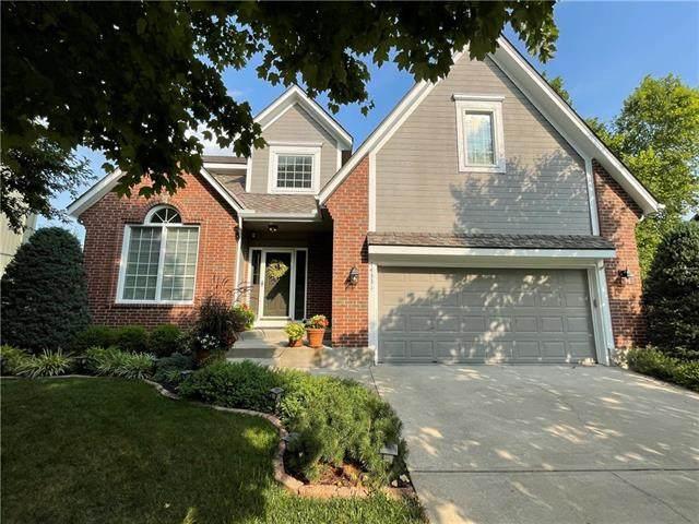 14331 S Twilight Lane, Olathe, KS 66062 (#2334583) :: Eric Craig Real Estate Team