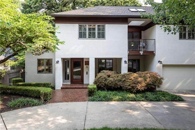 550 W 49 Terrace, Kansas City, MO 64112 (#2334925) :: Ask Cathy Marketing Group, LLC