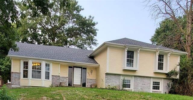 3701 Meadow Oak Lane, St Joseph, MO 64503 (#2335030) :: Eric Craig Real Estate Team