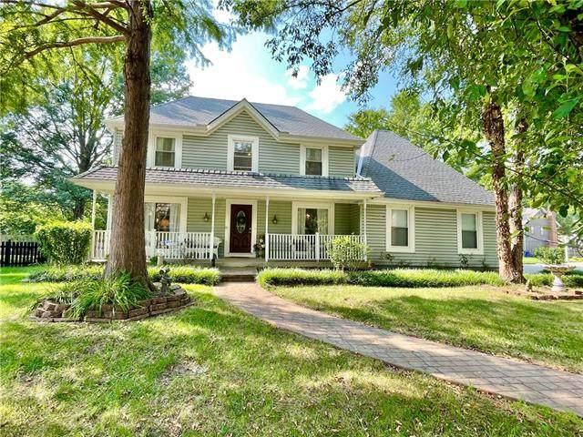 14742 S Murray Lane, Olathe, KS 66062 (#2335307) :: Tradition Home Group | Compass Realty Group