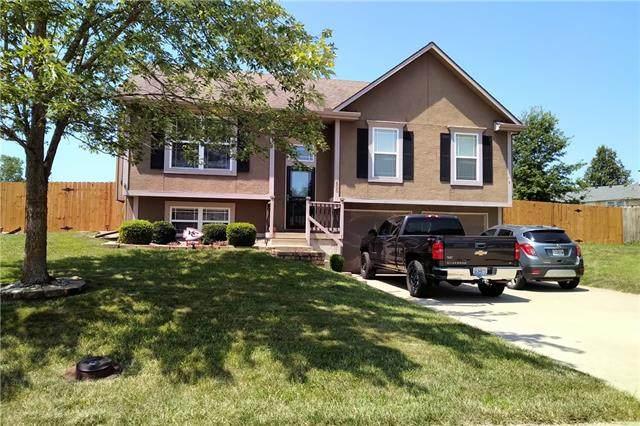 500 NE Salem Street, Oak Grove, MO 64075 (#2335821) :: The Kedish Group at Keller Williams Realty