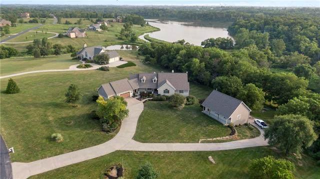 15405 161st Street, Bonner Springs, KS 66012 (#2335906) :: Team Real Estate