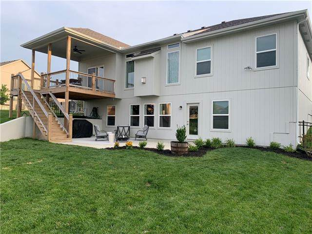 10005 N Palmer Avenue, Kansas City, MO 64157 (#2336092) :: Ron Henderson & Associates