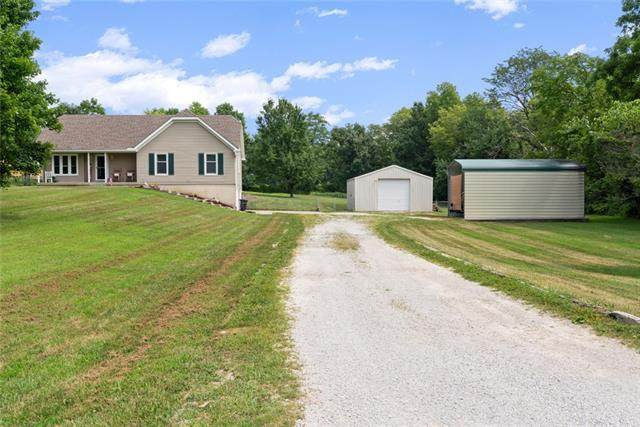 16101 Marcrest Drive, Kearney, MO 64060 (#2336415) :: The Rucker Group