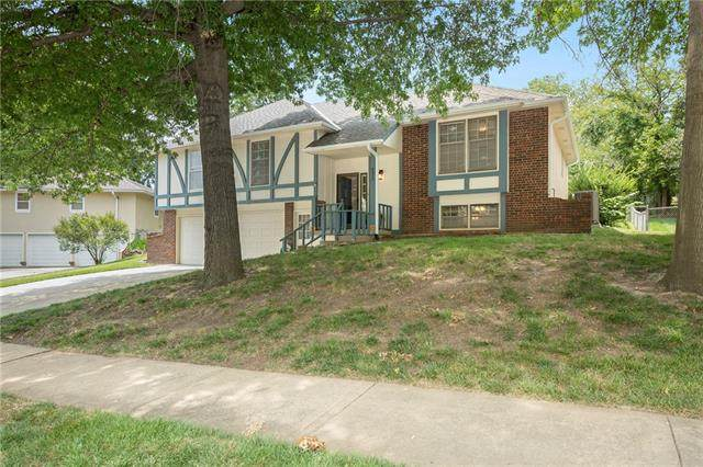 6430 Acuff Street, Shawnee, KS 66216 (#2336935) :: Tradition Home Group   Better Homes and Gardens Kansas City