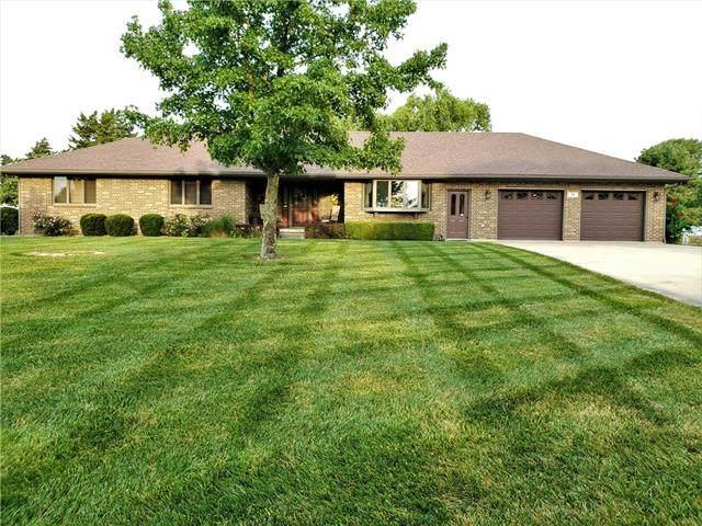 33 Lakeview Drive, Garnett, KS 66032 (MLS #2337192) :: Stone & Story Real Estate Group