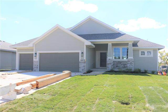 2673 W Concord Drive, Olathe, KS 66061 (#2337368) :: Tradition Home Group | Compass Realty Group