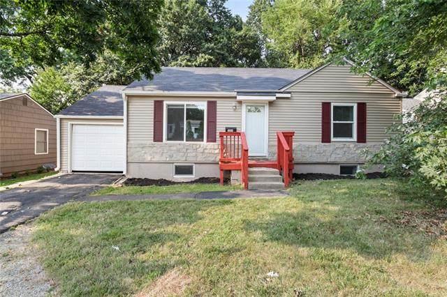 3004 W 75th Street, Prairie Village, KS 66208 (#2337756) :: Ron Henderson & Associates