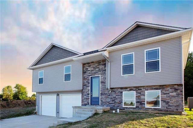 1012 Golden Eagle Circle, Holden, MO 64040 (#2338355) :: Tradition Home Group | Compass Realty Group