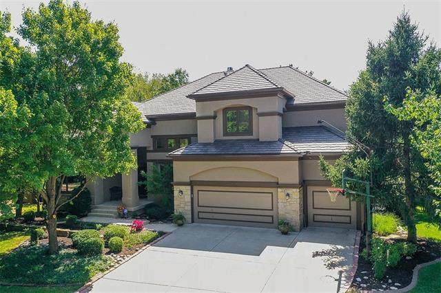 3405 Ironhorse Court, Leawood, KS 66224 (#2338961) :: Dani Beyer Real Estate