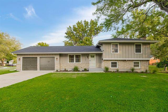4401 S Union Street, Independence, MO 64055 (#2338997) :: Dani Beyer Real Estate