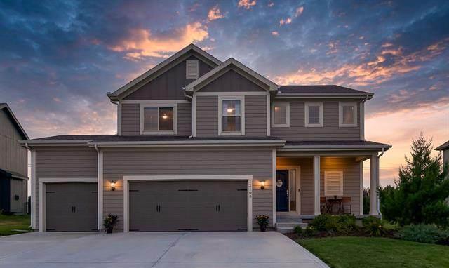 12100 S Pine Street, Olathe, KS 66061 (#2339046) :: Eric Craig Real Estate Team
