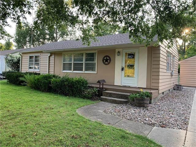 930 S Cherry Street, Ottawa, KS 66067 (#2339413) :: Austin Home Team