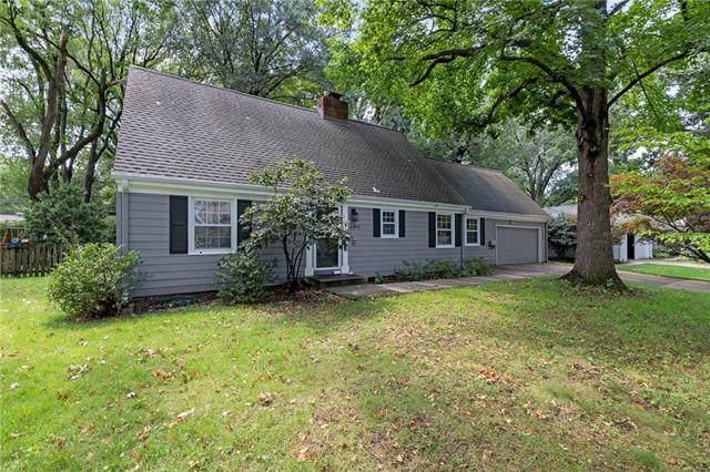 2915 W 92nd Terrace, Leawood, KS 66206 (#2339602) :: Ron Henderson & Associates