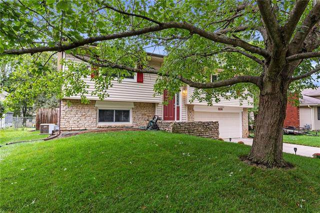 814 Randall Road, Lawrence, KS 66049 (#2339920) :: Five-Star Homes