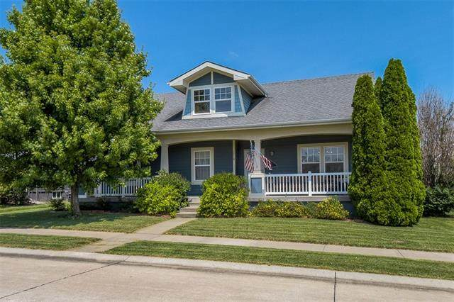 1216 SW Arbor Park Drive, Lee's Summit, MO 64082 (#2340277) :: Tradition Home Group | Compass Realty Group