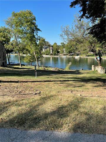 Lot 31A Nw 74th Street Street, Weatherby Lake, MO 64152 (#2340331) :: Tradition Home Group | Compass Realty Group
