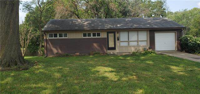 6224 Manning Avenue, Raytown, MO 64133 (#2340333) :: The Shannon Lyon Group - ReeceNichols