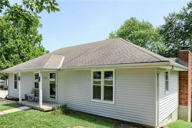 6907 NW Blair Road, Parkville, MO 64152 (#2340804) :: Ron Henderson & Associates