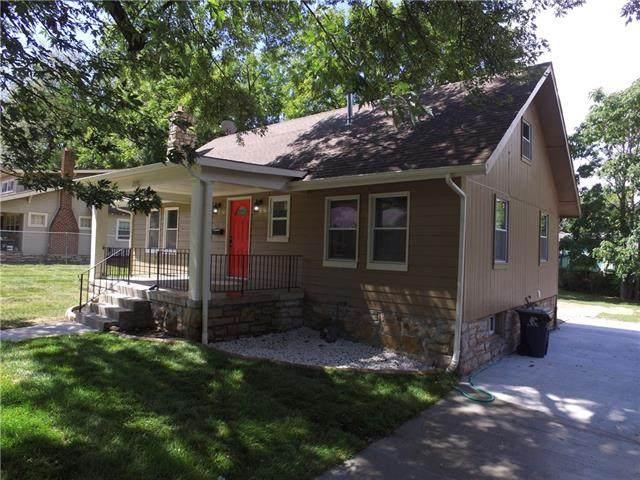 7330 Virginia Avenue, Kansas City, MO 64131 (#2340875) :: Tradition Home Group | Compass Realty Group