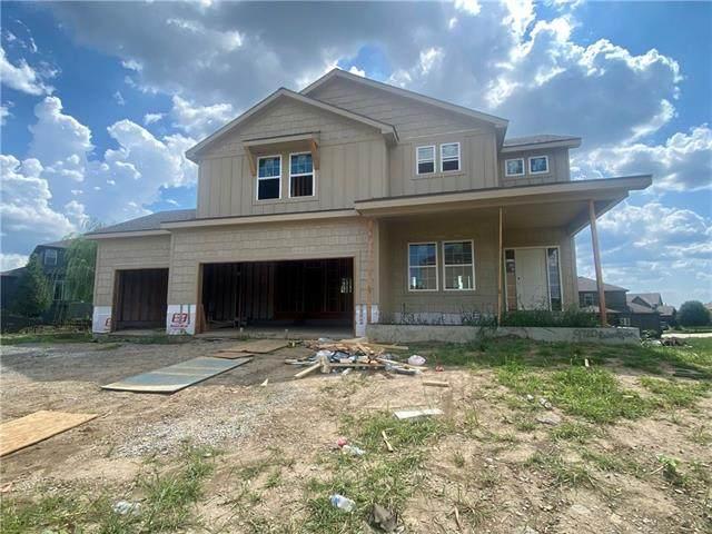 9720 N Denton Avenue, Kansas City, MO 64157 (#2341240) :: The Kedish Group at Keller Williams Realty