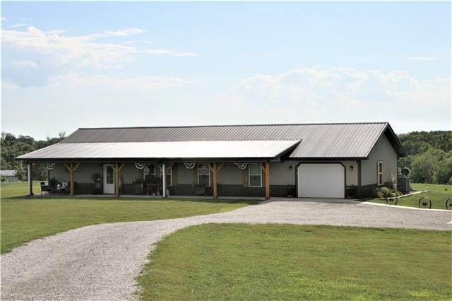 8675 SE Clear Creek Road, Cameron, MO 64429 (#2341973) :: Eric Craig Real Estate Team