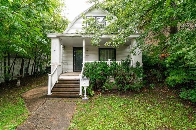 829 Barnett Avenue, Kansas City, KS 66101 (#2342057) :: Austin Home Team