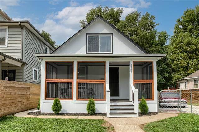 2922 Woodland Avenue, Kansas City, MO 64109 (MLS #2343130) :: Stone & Story Real Estate Group