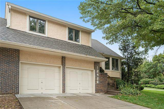12420 W 85th Terrace, Lenexa, KS 66215 (#2343144) :: Ron Henderson & Associates