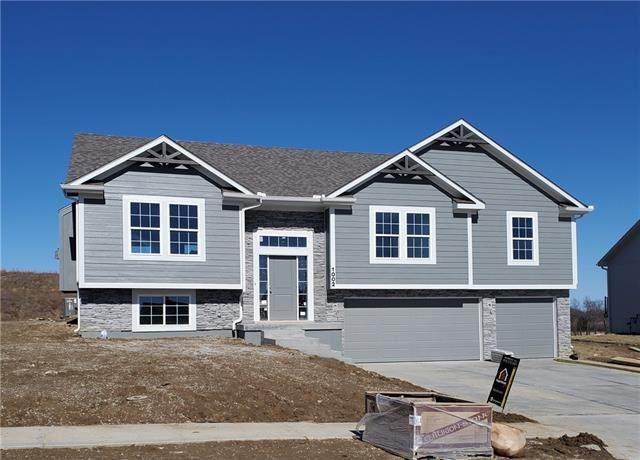1003 NW 4th Street, Oak Grove, MO 64075 (#2343175) :: ReeceNichols Realtors