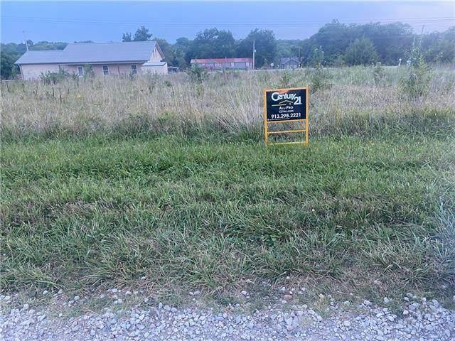 170 Kansas Drive, Linn Valley, KS 66040 (#2343197) :: ReeceNichols Realtors
