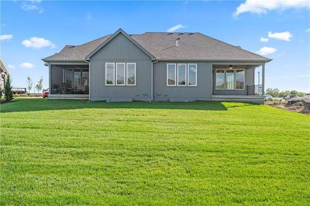 21910 W 82 Terrace, Lenexa, KS 66220 (#2343636) :: Eric Craig Real Estate Team