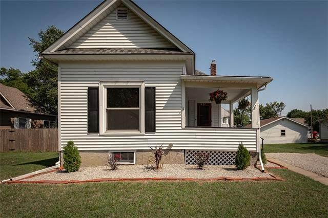 627 S Maple Street, Ottawa, KS 66067 (#2343709) :: Eric Craig Real Estate Team