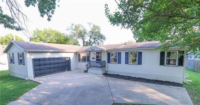 9705 Johnson Drive, Merriam, KS 66203 (#2344333) :: The Kedish Group at Keller Williams Realty