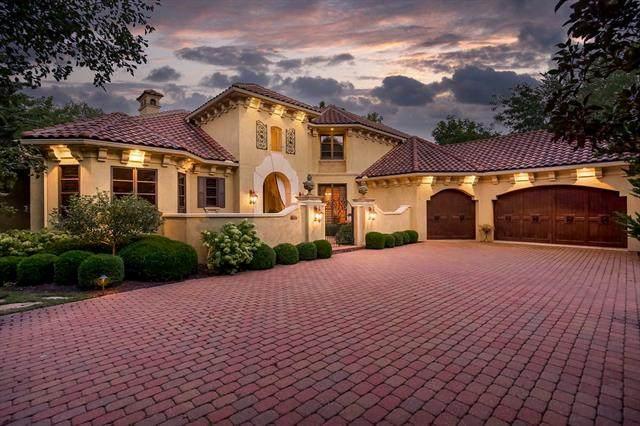 13917 Canterbury Circle, Leawood, KS 66224 (#2344585) :: Eric Craig Real Estate Team