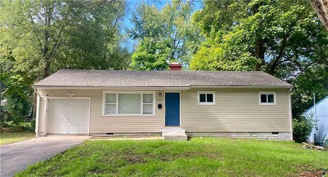 11202 Manchester Avenue, Kansas City, MO 64134 (#2344612) :: Ron Henderson & Associates