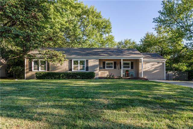 7100 W 74TH Street, Overland Park, KS 66204 (#2345292) :: Five-Star Homes