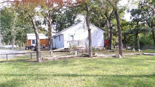 17267 Mills Road #17267, Lacygne, KS 66040 (#2345657) :: Eric Craig Real Estate Team