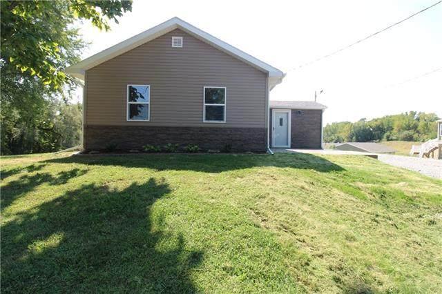1724 NE County Line Road, St Joseph, MO 64505 (#2345799) :: Ron Henderson & Associates
