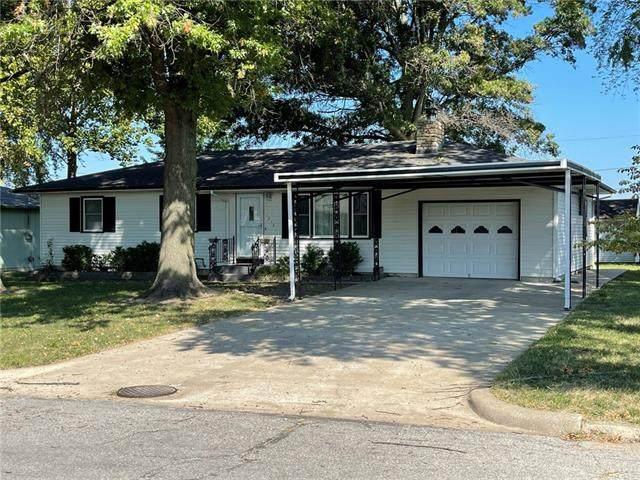 1214 Main Street, Paola, KS 66071 (#2345985) :: Team Real Estate